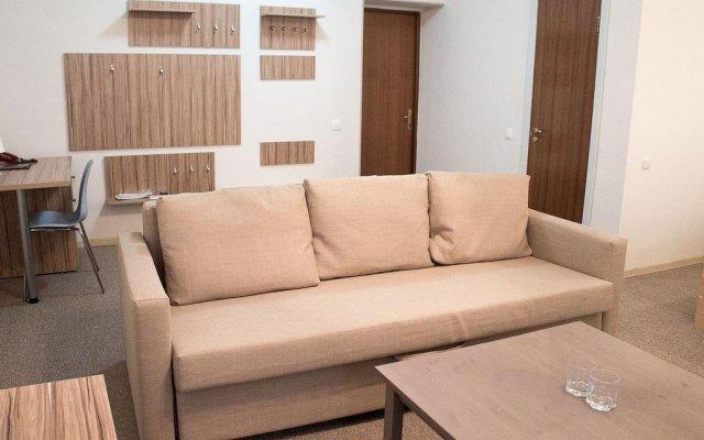 Гостиница Almaly Казахстан, Нур-Султан - отзывы, цены и фото номеров - забронировать гостиницу Almaly онлайн комната для гостей