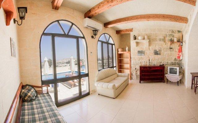 Отель Razzett Ta Pawlu Мальта, Арб - отзывы, цены и фото номеров - забронировать отель Razzett Ta Pawlu онлайн комната для гостей