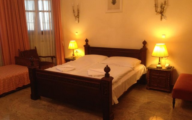 Отель Kalmár Pension Венгрия, Будапешт - отзывы, цены и фото номеров - забронировать отель Kalmár Pension онлайн комната для гостей