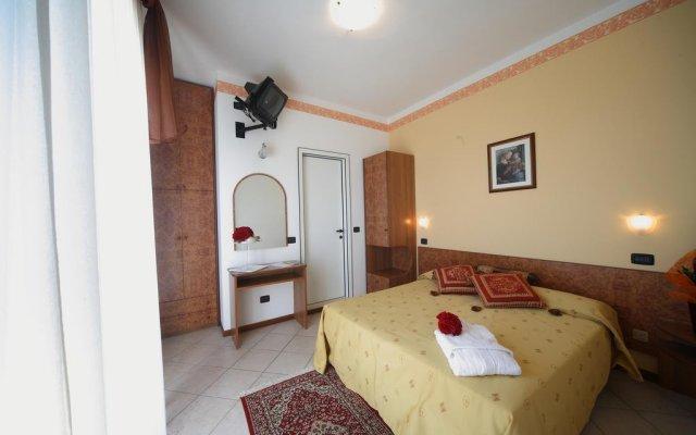 Отель Clitunno Италия, Римини - отзывы, цены и фото номеров - забронировать отель Clitunno онлайн комната для гостей