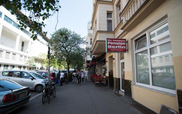 Отель City Guesthouse Pension Berlin вид на фасад
