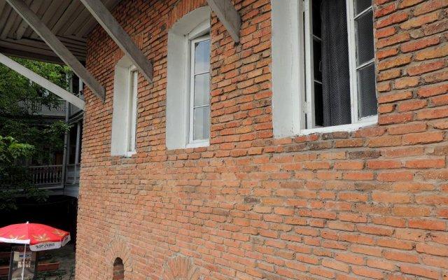 Hostel Peace вид на фасад