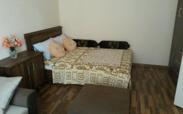 Отель Hrachya Kochar 1 apt 22 Ереван комната для гостей