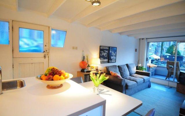 Отель Pantheos Top Houseboat комната для гостей