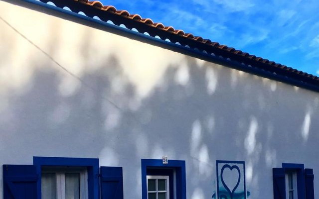 Отель Casa do Mar вид на фасад
