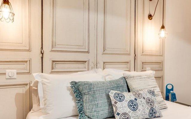 Отель Sweet Inn Apartments - Paix Франция, Париж - отзывы, цены и фото номеров - забронировать отель Sweet Inn Apartments - Paix онлайн комната для гостей