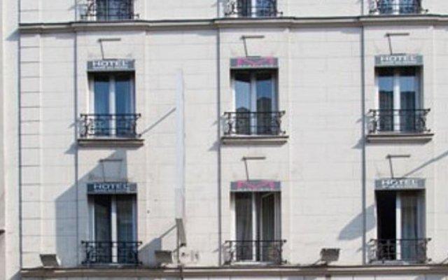 Отель Hôtel Habituel вид на фасад