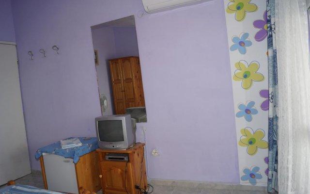 Отель Guest House Gyupchanovi Свети Влас комната для гостей