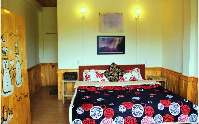 Отель Hobbit Village Da Lat Далат комната для гостей