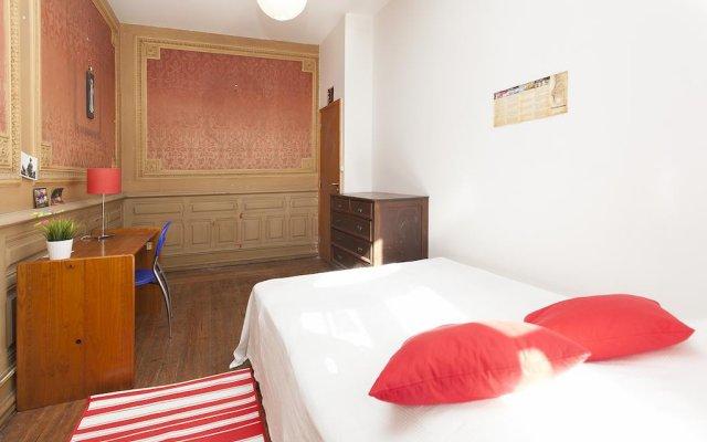 Отель Lisbon Economy Guest Houses Saldanha II Лиссабон комната для гостей