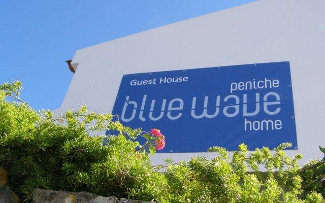Отель Peniche Blue Wave Home вид на фасад