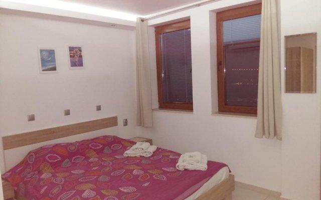 Отель Guest Rooms Harmony Велико Тырново комната для гостей