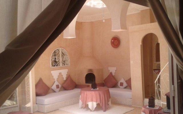 Отель Dar Loubna Марокко, Уарзазат - отзывы, цены и фото номеров - забронировать отель Dar Loubna онлайн комната для гостей