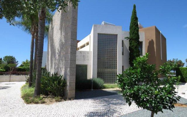 Отель Villa do Laguna вид на фасад