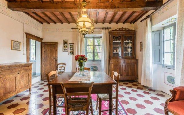 Отель Palazzo Rosadi Монтоне комната для гостей