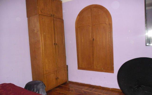 Отель Guesthouse on Machabeli 20 комната для гостей