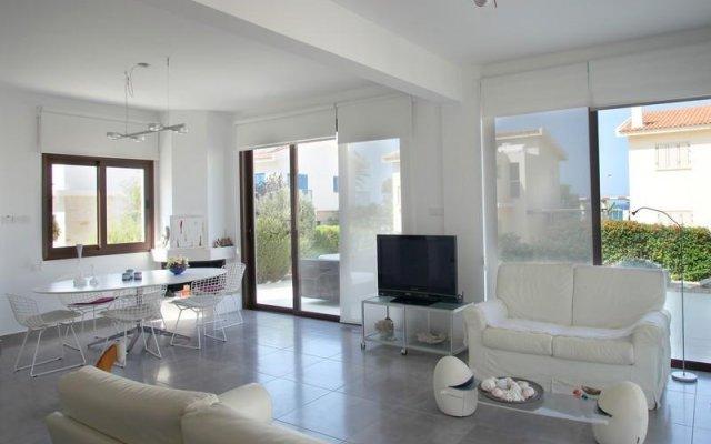 Отель Greek Paradise комната для гостей