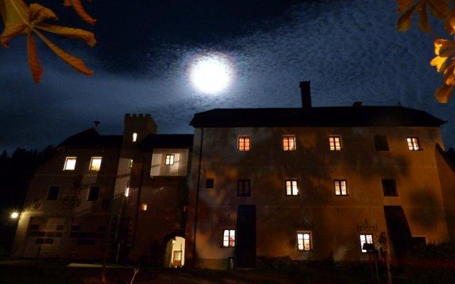 Hotel Schloss Thannegg вид на фасад