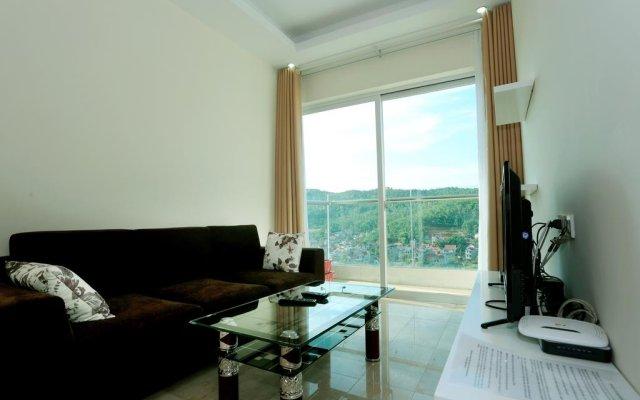 Отель Condotel Ha Long комната для гостей