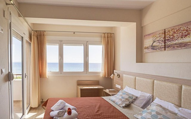 Отель Villa Nefeli - Akti Salonikiou комната для гостей
