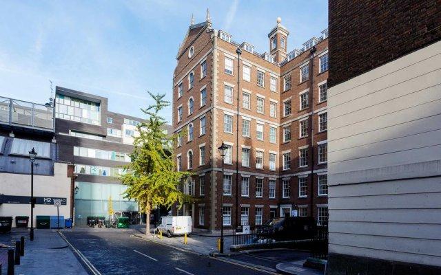 Отель Veeve - The Heart of Soho, 1 Bed near Oxford Street вид на фасад