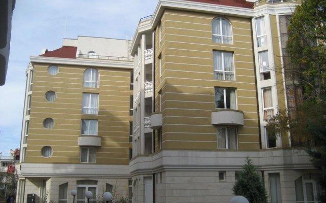 Апартаменты Bulgarienhus Polyusi Apartments Солнечный берег вид на фасад