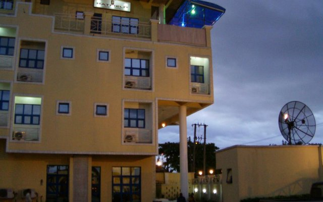 Hatfield Hotel & Resorts вид на фасад
