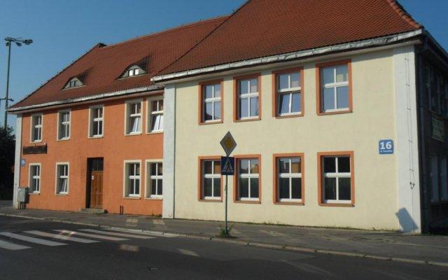 Hostel Bursztynek вид на фасад