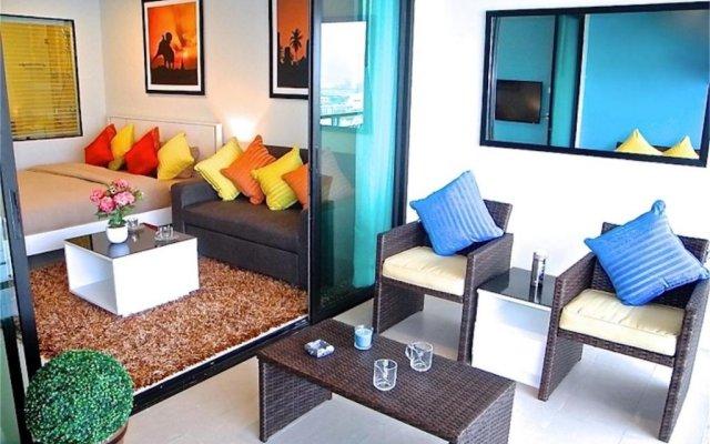 Апартаменты Bliss Patong Modern Studio комната для гостей