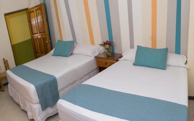 Hotel La Plata комната для гостей