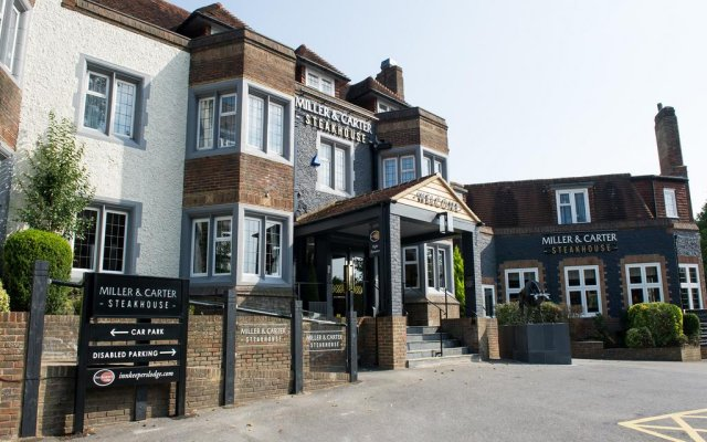 Отель Innkeeper's Lodge Brighton, Patcham вид на фасад
