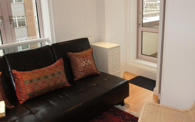 Отель Leicester Square Apartments Великобритания, Лондон - отзывы, цены и фото номеров - забронировать отель Leicester Square Apartments онлайн комната для гостей