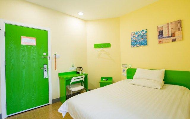 Отель Hi Inn Shenzhen Baoan Fanshen Road комната для гостей