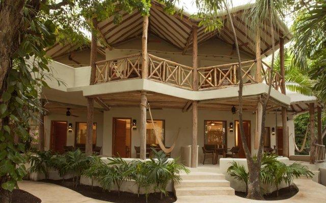 Отель Mahekal Beach Resort вид на фасад