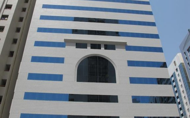 Uptown Hotel Apartments Abu Dhabi 0