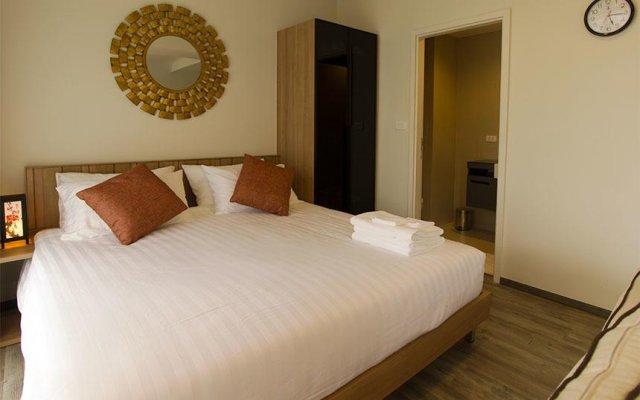 Отель The Deck Condominium by Alexanders комната для гостей
