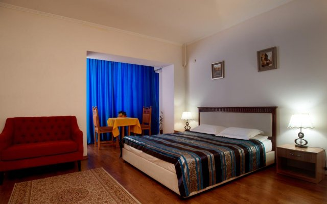 Отель Bed & Breakfast Bishkek Бишкек комната для гостей