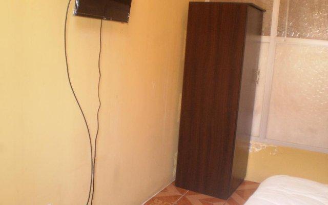 Mango Hostel Bed & Breakfast 2