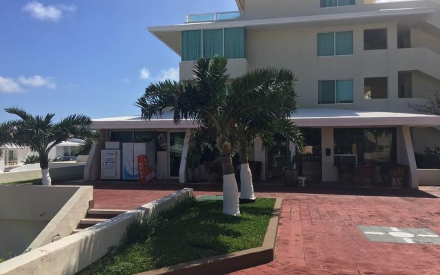 Отель Cancun Condo Rent вид на фасад