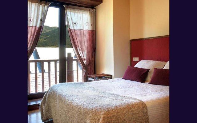 Отель Apartamento La Santeta de Aran Испания, Вьельа Э Михаран - отзывы, цены и фото номеров - забронировать отель Apartamento La Santeta de Aran онлайн комната для гостей