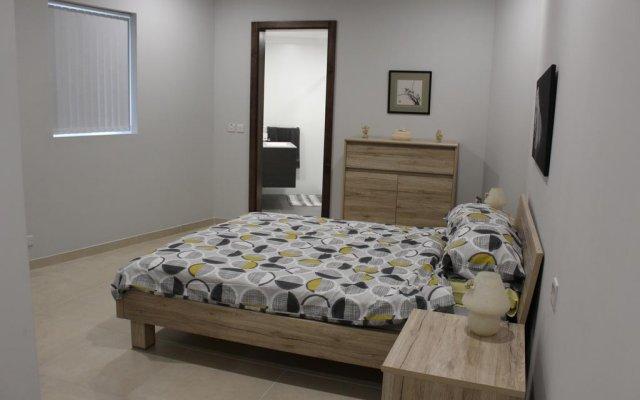 Отель Hal Saghtrija Мальта, Зеббудж - отзывы, цены и фото номеров - забронировать отель Hal Saghtrija онлайн комната для гостей