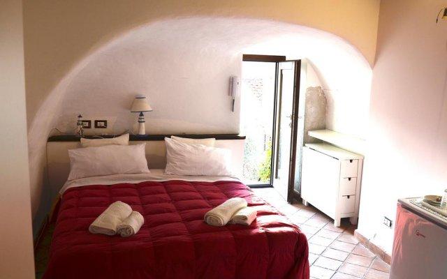 Отель Guest House Spinuzza Чефалу комната для гостей