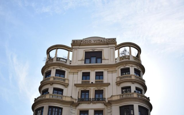 Отель Stay Inn Madrid Испания, Мадрид - отзывы, цены и фото номеров - забронировать отель Stay Inn Madrid онлайн вид на фасад
