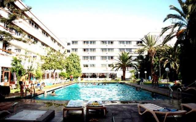 Bahia City Hotel бассейн