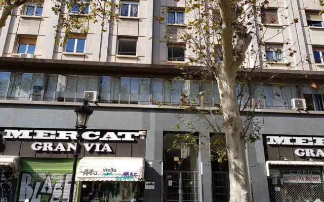 Отель Go-BCN Royal Sagrada Familia вид на фасад