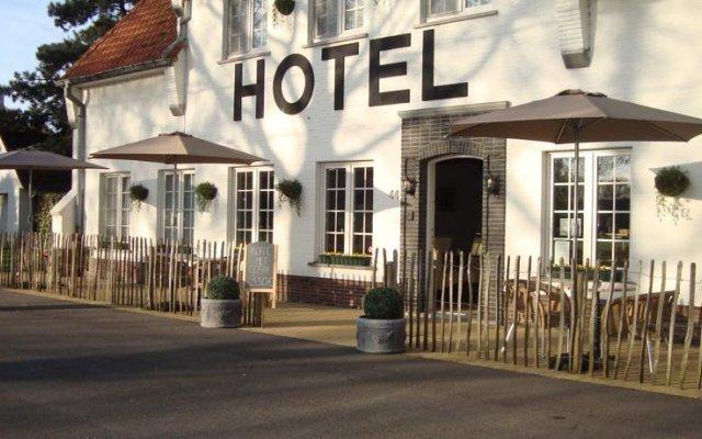 Hotel Amaryllis 0