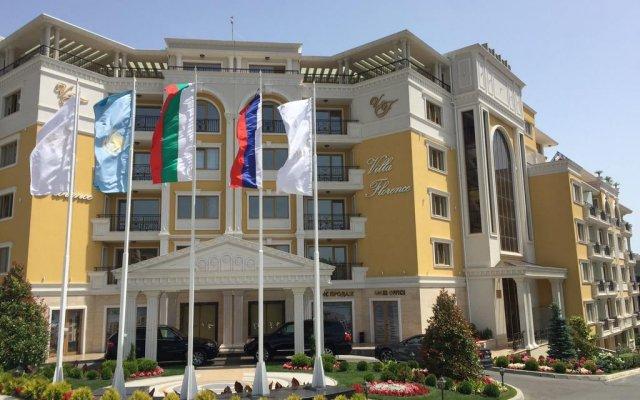 Отель Вилла Florence Болгария, Свети Влас - отзывы, цены и фото номеров - забронировать отель Вилла Florence онлайн вид на фасад