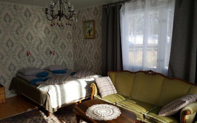 Апартаменты Stranda Apartment комната для гостей