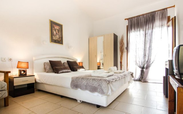 Отель Koviou Holiday Village комната для гостей