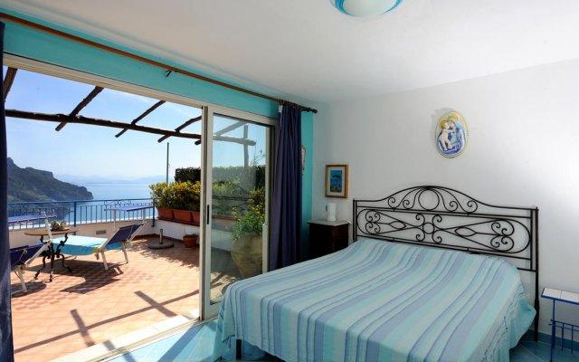 Отель BB Ravello Houses Равелло комната для гостей